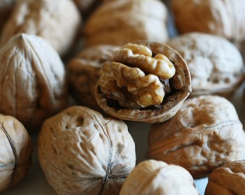 Las nueces, una fuente natural de melatonina.